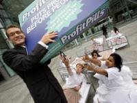 Manifestation against private health care creative common licence