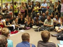 image of consensus assembly in Occupy Wall Street