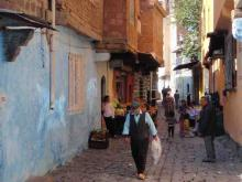 Street view in Amed (Diyarbakir)